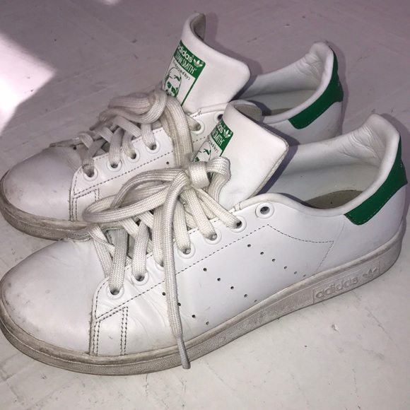 proporcionar agujero Autocomplacencia  adidas Shoes | Worn Classic Adidas Stan Smith Tennis Shoes Size 9 | Poshmark